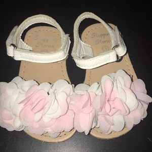 Other - 5/$25 Flowery girl sandals